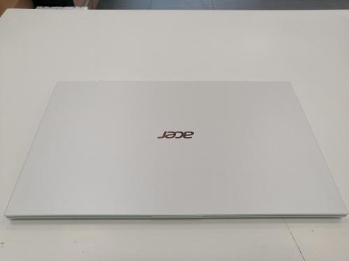 Acer Swift 7 Ultrabook - SF714-52T-741M - Fehér_outlet1